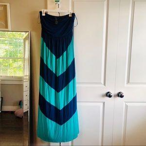Chevron Maxi Dress Size Large